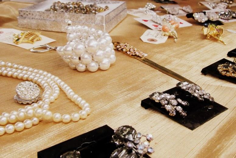 vintage jewelry3