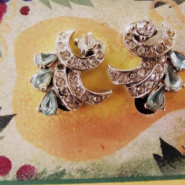 vintage jewelry4